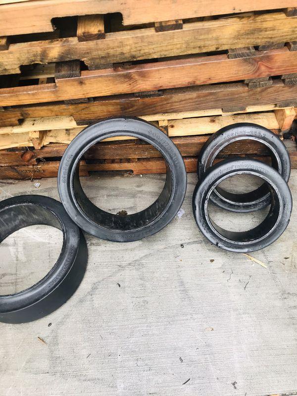 Forklift Forks and forklift tires