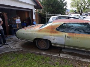 1972 chevy impala 350 engine clean title one owner non.op new tires brakes timing chain spark plugs cables no rust need paint it runs and drives. for Sale in San Jacinto, CA