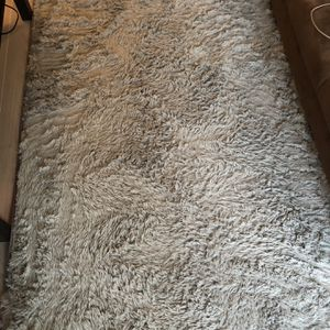 Grey Fluffy Rug for Sale in Baltimore, MD