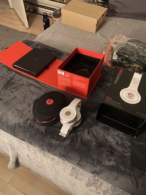Beats wireless for Sale in Rancho Cucamonga, CA