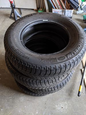 Michelin X-Ice studless winter tires 185 70 14 for Sale in Tacoma, WA