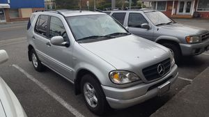 parting out 2001 Mercedes ml320 for Sale in Everett, WA