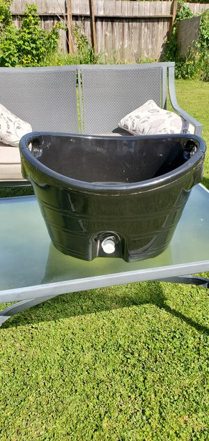 Beverage container with drainage for Sale in Clear Lake, WA