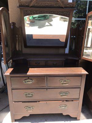 Antique dresser / vanity for Sale in Norco, CA