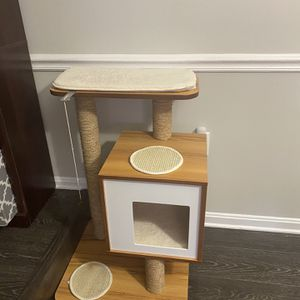 Cat Tree And Scratcher. for Sale in Fairfax, VA