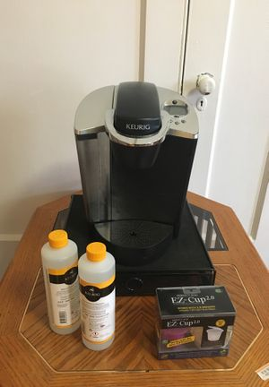 Keurig Coffeemaker, K Cup Tray, 2 Cleaning Solutions, Reusable K Cup for Sale in Philadelphia, PA