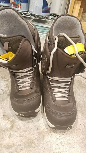 Burton snowboard boots 11.5 for Sale in East Wenatchee, WA