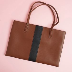 NWT Vince Camuto Lucky Tote Bag for Sale in Pittsburgh, PA