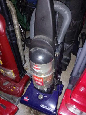 Bissell vacuum for Sale in Pittsburgh, PA