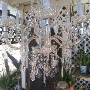 Hampton Bay Plastic Chandelier for Sale in Glendale, AZ
