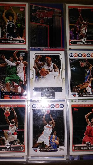 Basketball cards in 9 page sleeves for Sale in Glendale, CA