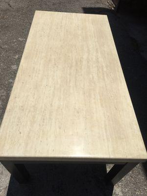 Coffee table for Sale in Pico Rivera, CA