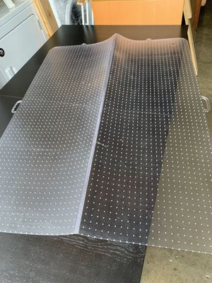 Folding Clear Rectangle Office Chair Mat for Carpet excellent condition for Sale in Santa Ana, CA
