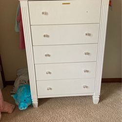 Girls white dresser Real wood for Sale in Woodinville,  WA