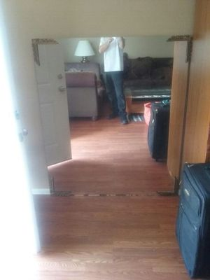 Mirror free come get it for Sale in Tampa, FL
