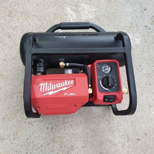 Milwaukee M18 Fuel Compressor. Not Working for Sale in Riverside, CA