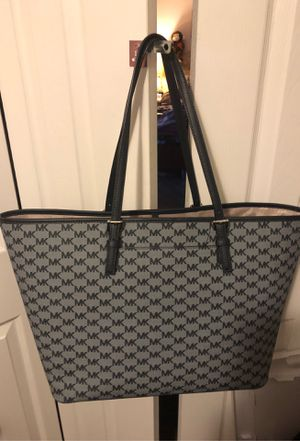 Michael Kors large tote bag Great office Tote for Sale in Northlake, IL