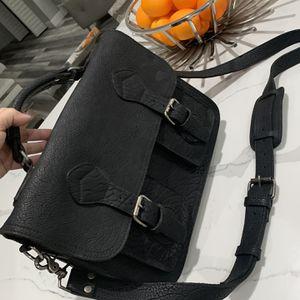 Buffalo Jackson leather messenger bag New for Sale in Hialeah, FL