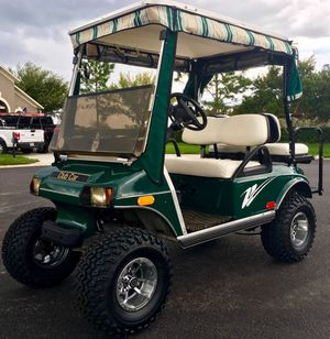 Lifted green golf cart club car for Sale in Tampa, FL