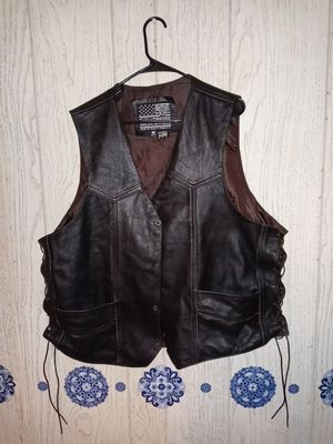 Leather motorcycle vest with embossed Indian head on back for Sale in NEW PRT RCHY, FL