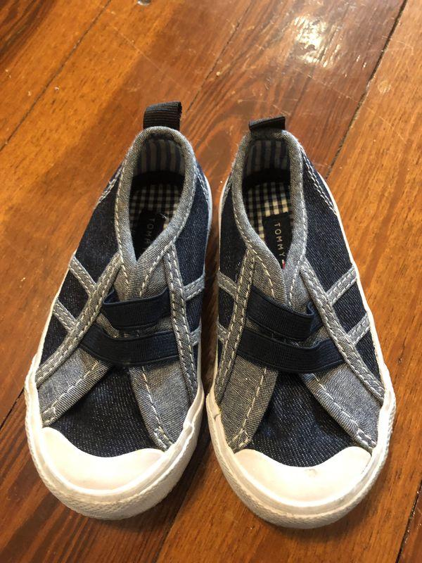 Tommy Hilfiger Kids Shoes Size 6