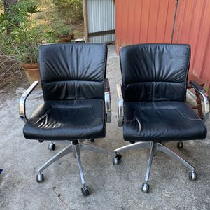 Free Conference Room Chair - 4 Available for Sale in Kissimmee, FL