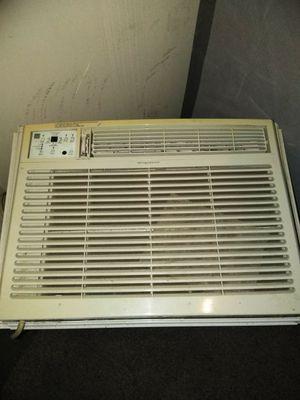 Aire acondicionado como nuevo for Sale in Harrisburg, PA