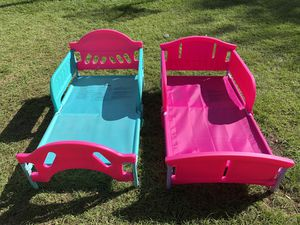 Toddler beds - NO mattress $50 each or both for $80 for Sale in Plant City, FL