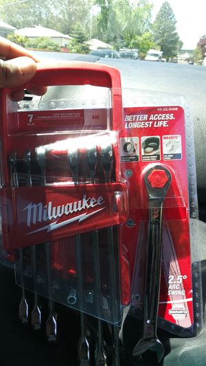 Milwaukee 7 pc ratcheting wrench set for Sale in Salt Lake City, UT