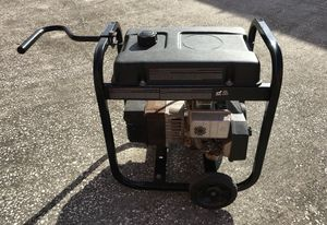 $225 Gas generator 3750w ,120volts, working good, enough juice to feed: microwave, Fridge,Hair blowers dryer etc. for Sale in Tampa, FL