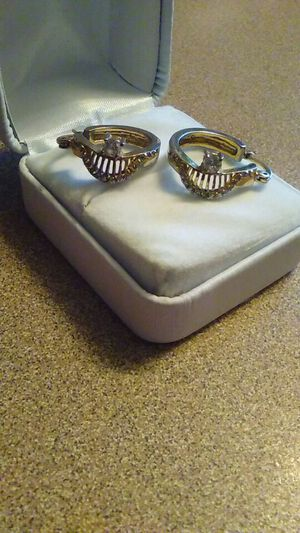 Diamond and gold earrings for Sale in Nashville, TN