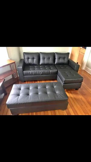 Black Sectional sofa with ottoman for Sale in Central Falls, RI