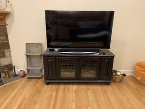 TV cabinet black for Sale in Lake Stevens, WA