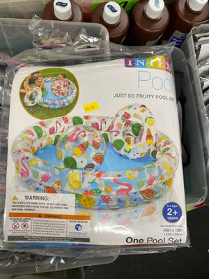 Kids small pool set for Sale in San Diego, CA