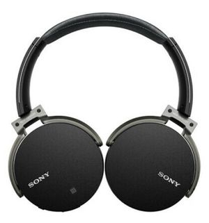 Sony XB950B1 Extra Bass Wireless Headphones with App Control - $129 for Sale in Wayne, PA