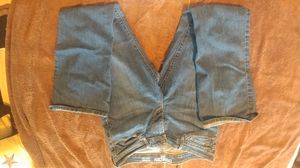 Women/Junior's Levi's Jeans for Sale in Highlands, TX