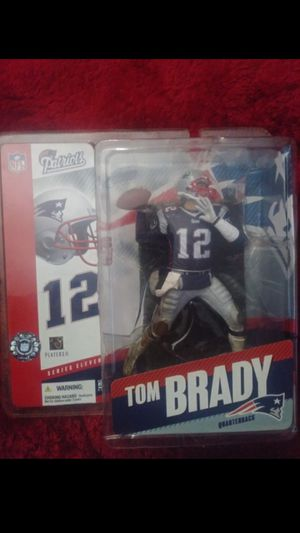 Mint tom brady rookie action figure for Sale in Coventry, RI