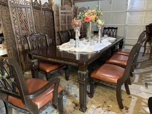 Excellent condition dining table set for Sale in Fontana, CA