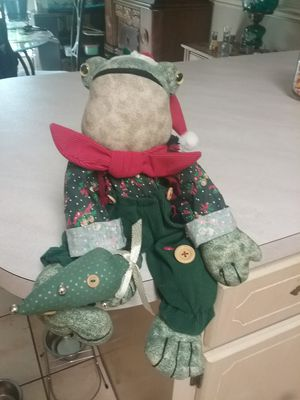 Christmas frog shelf sitter for Sale in Milton, FL