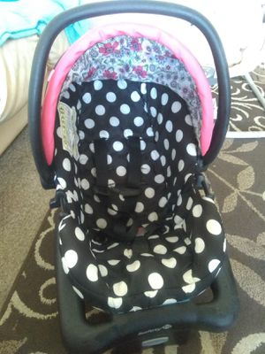 Minnie mouse car seat for Sale in Pueblo, CO