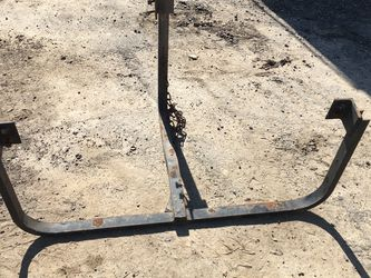 Semi Truck/trailer Tire Rack for Sale in Kingsburg,  CA