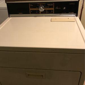 Dryer Kenmore Heavy Duty Plus for Sale in Bloomington, CA