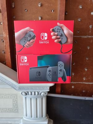Nintendo switch console for Sale in Bell Gardens, CA