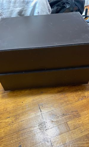 FREE - small 2 drawer stand for Sale in Los Angeles, CA