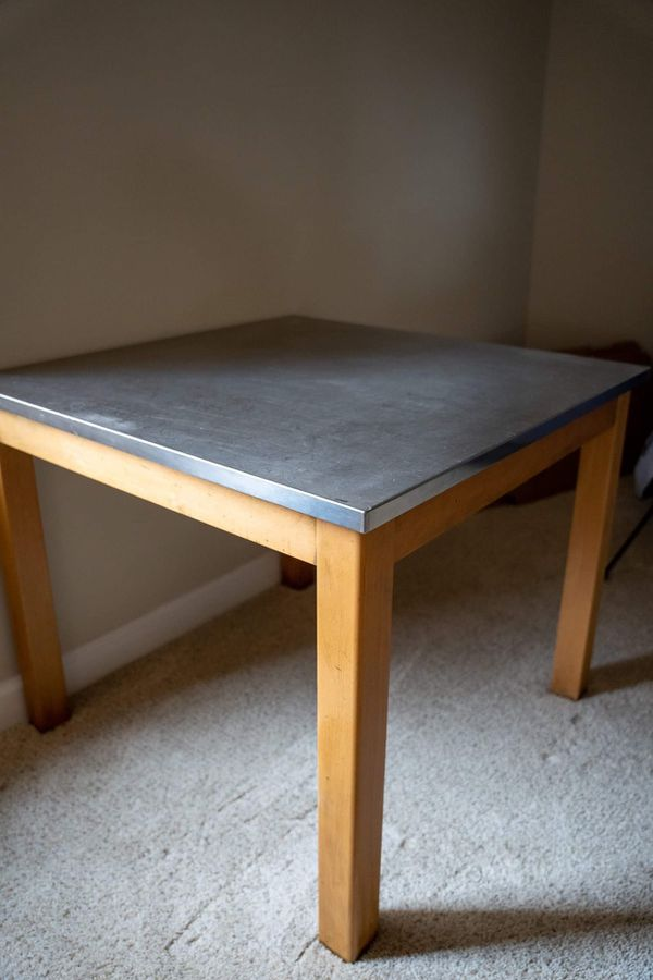 Pottery barn dining table/breakfast table