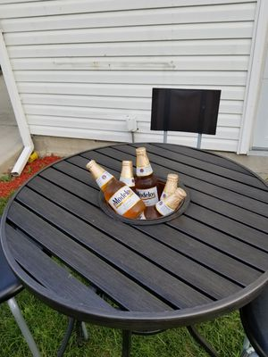 PATIO TABLE ICE COOLER for Sale in Maywood, IL