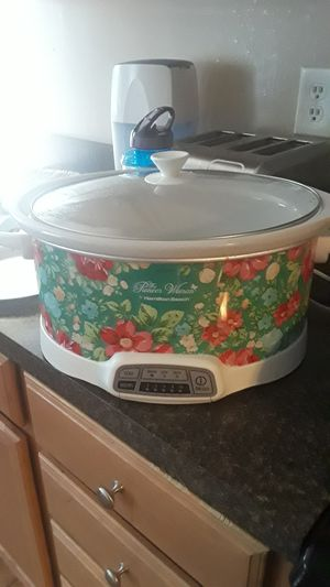 pianeer woman electronic slow cooker for Sale in Evansville, IN