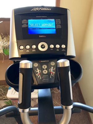 Life fitness x5 elliptical trainer for Sale in Seattle, WA