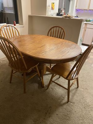Farm style kitchen table for Sale in Renton, WA
