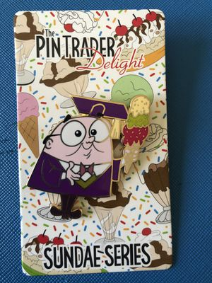 Disney trading pin for Sale in Bell Gardens, CA